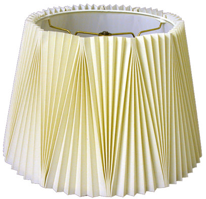 Alternating pleat hardback lampshade style
